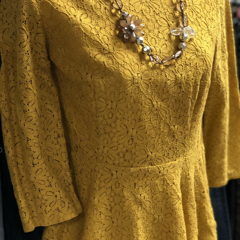 Lace LS Moullenetrw, Yellow, Size: Small