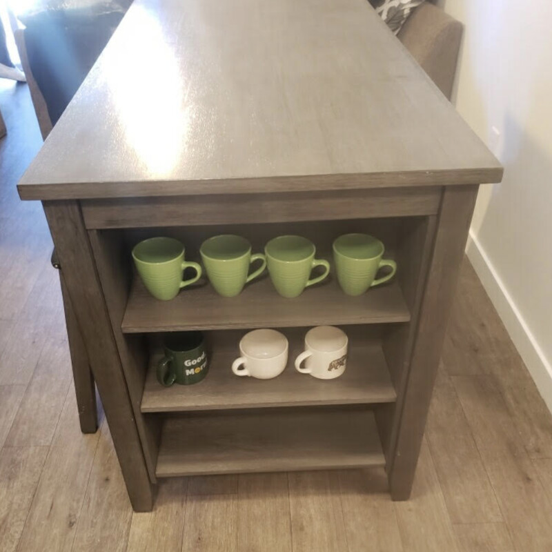 Counter Table/4 Stools.
