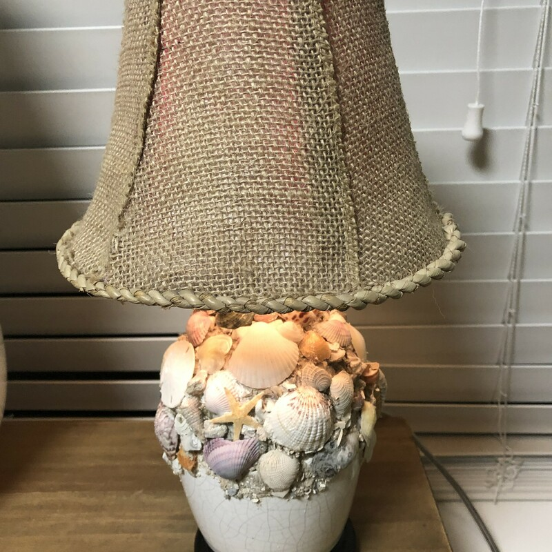 Seashell Night Light.