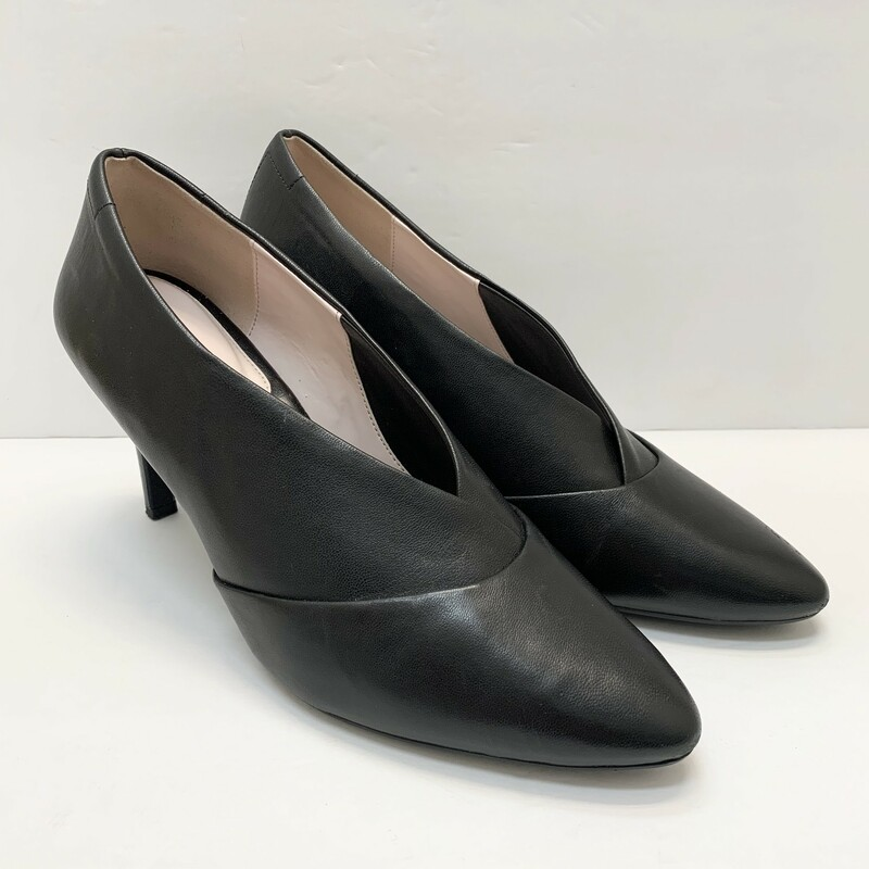 Taryn Leather Pumps.