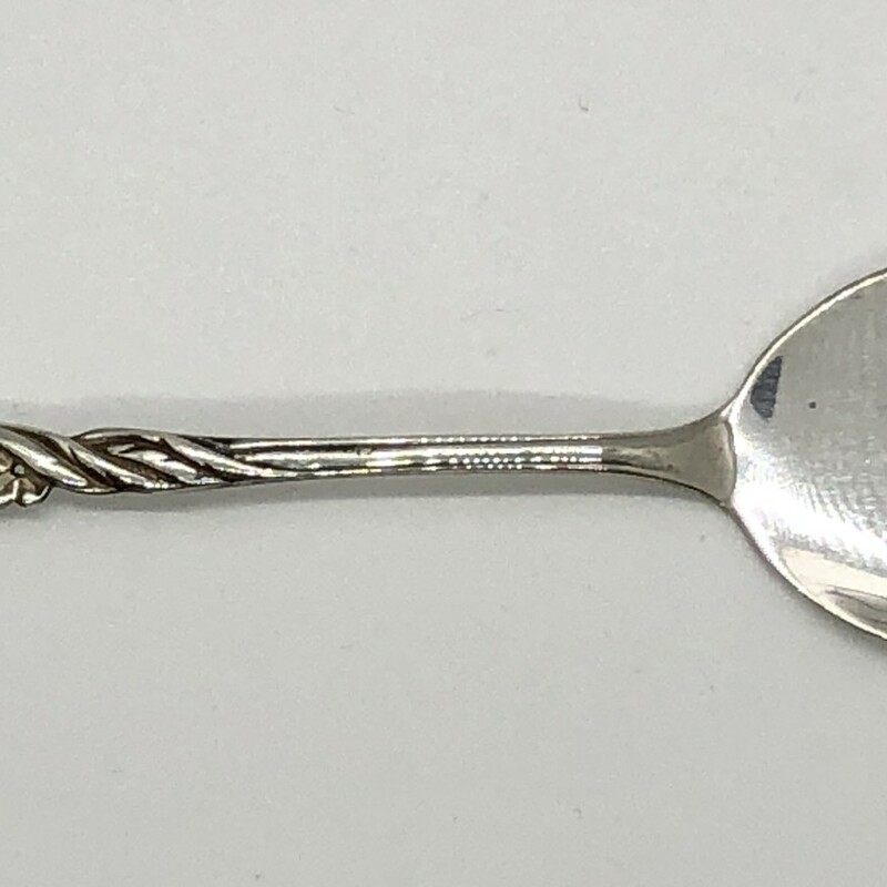 "For that friend who has everything, but they don't have an antique sterling silver Jelly Server c.1920s!<br /> 4 1/2""<br /> Will ship priority mail."