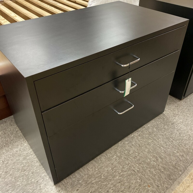3 Drawer Wheeled Cabinet.