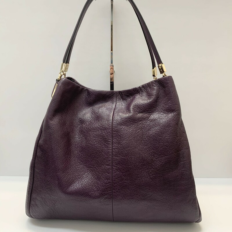 Coach Madison Phoebe Handbag<br /> Purple leather<br /> Shoulder Style