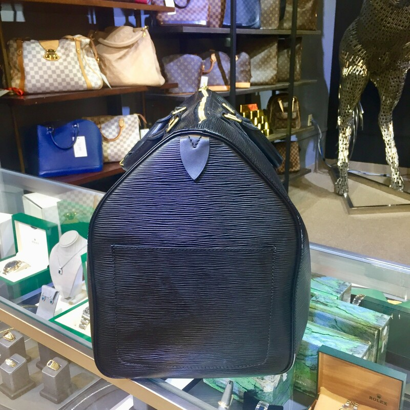 "LOUIS VUITTON<br /> KEEPALL 50<br /> 24""W x 13""H x 10.5""D<br /> 4"" handle drop<br /> EPI LEATHER<br /> LV KEEPALL 50 BLACK, BLACK"