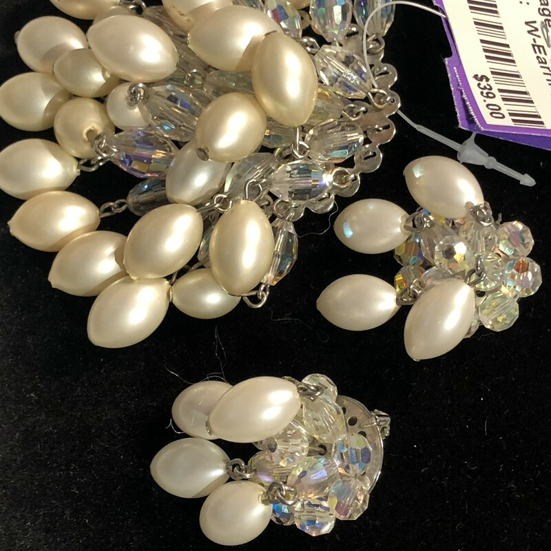 Pearl Necklace With Clip.