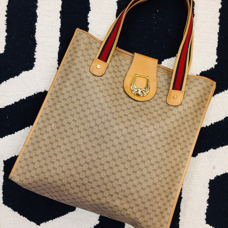 Gucci Shoppers Tote.
