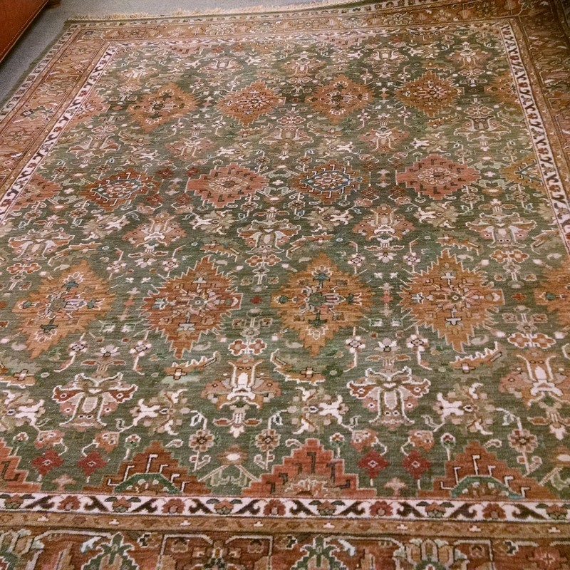 8x10 Handknotted Rug