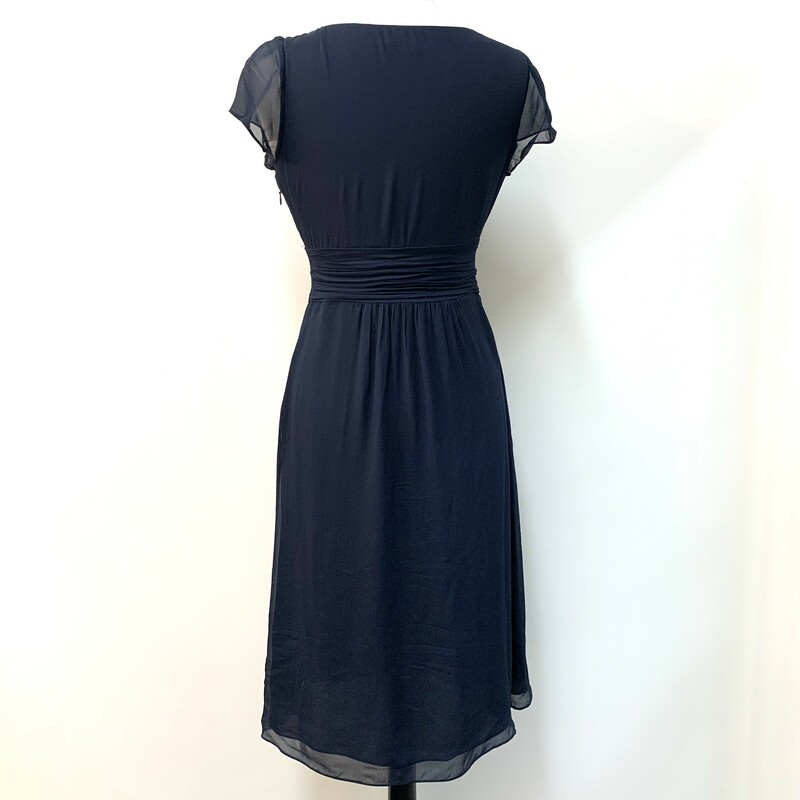 Boden Ruched Dress<br /> 100% Viscose<br /> Lining 100% Polyester<br /> Midnight Navy<br /> Size: 4 Long