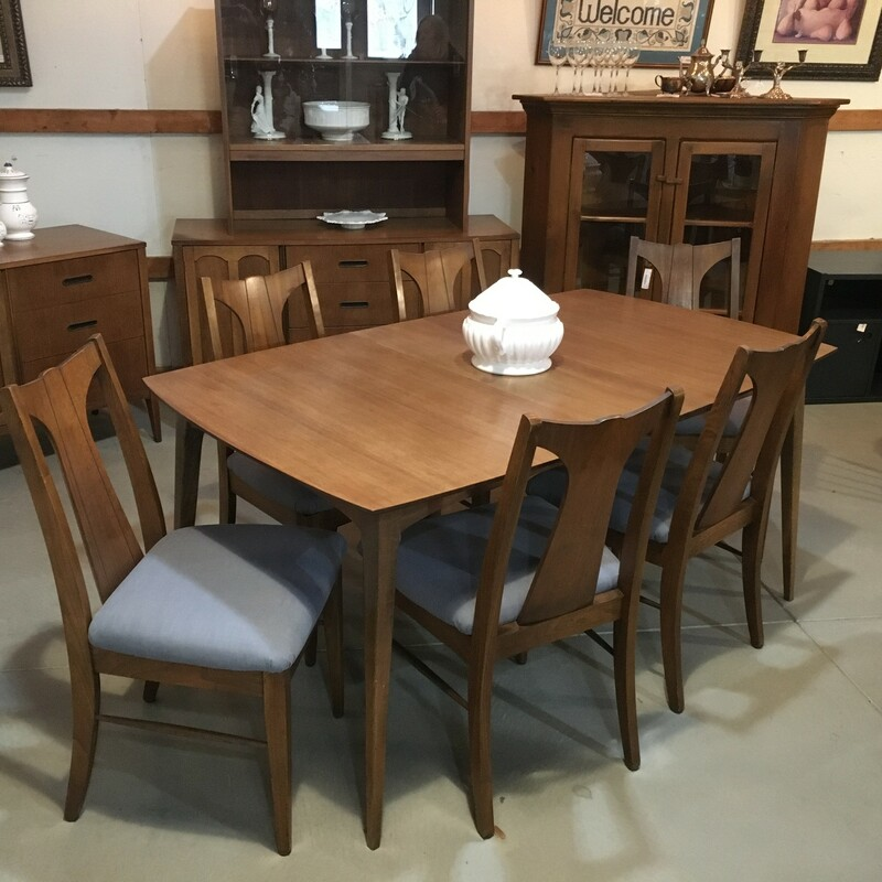Midcentury Table/chairs.