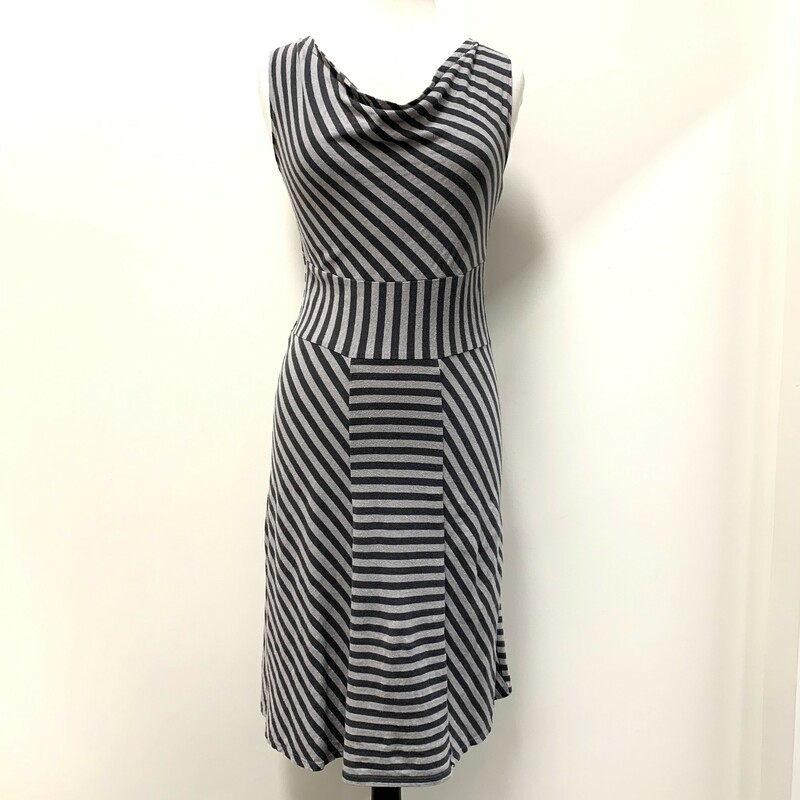 Texure Dress<br /> Hemp & Organic Cotton<br /> Stormy Gray<br /> Sleeveless<br /> Size: Small